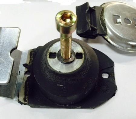 M1120221